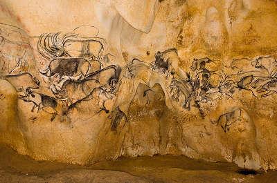 Grotte chauvet patrimoine mondiale de l unesco routes touristiques de ardeche guide du tourisme du rhone alpes