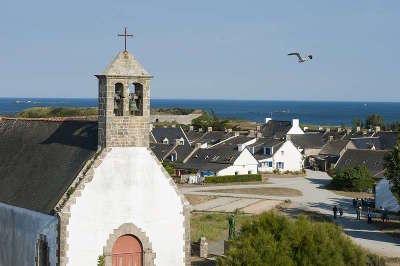Hoedic le village vue de l eglise routes touristiques dans le morbihan guide du tourisme en bretagne