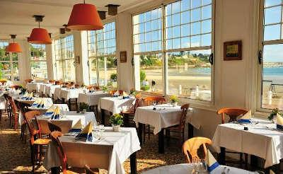 Hotel des bains saint cast le guido restaurant routes touristiques des cotes d armor guide du tourisme de bretagne