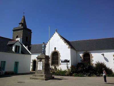 Houat l eglise saint gildas routes touristiques dans le morbihan guide du tourisme en bretagne