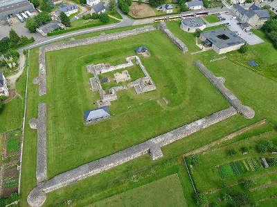 Jublains musee archeologique routes touristiques de mayenne du tourisme du pays de la loire