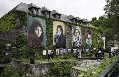 La gacilly cite d art et d histoire routes touristiques dans le morbihan guide du tourisme en bretagne