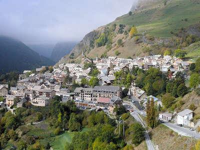 La grave plus beau village routes touristiques des hautes alpes guide du tourisme de provence alpes cote d azyr
