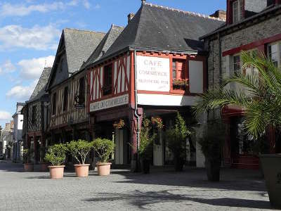 La guerche de bretagne vieille maison rue d anjou route touristique de l ille et vilaine guide du tourisme de bretagne