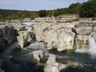 La roque sur ceze les cascades su sautadet plus beaux villages routes touristiques du gard guide touristique du languedoc roussillon