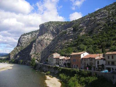 La route le long du gardon d anduze routes touristiques du gard guide du tourisme du languedoc roussillon
