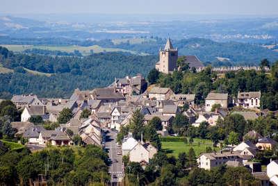 Laguiole routes touristique d aveyron guide du tourisme midi pyreneess