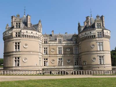 Le lude le chateau routes touristiques de la sarthe du tourisme du pays de la loire