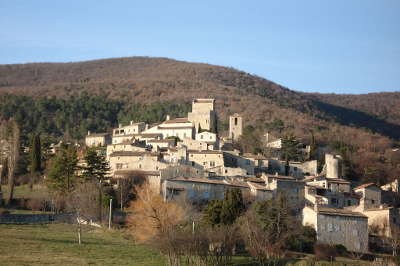 Le poet laval plus beau village village perche routes touristiques de la drome guide touristique rhone alpes
