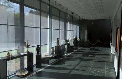 Le pole de la porcelaine de mehun sur yevre la route de la porcelaine du berry routes touristiques dans le cher guide du tourisme centre v