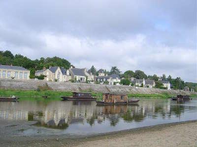 Le thoureil petite cite de caractere vue sur le village routes touristiques de maine et loire guide du tourisme du pays de la loire