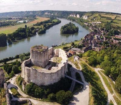 Les andelys chateau gaillard routes touristiques de eure guide du tourisme de haute normandie