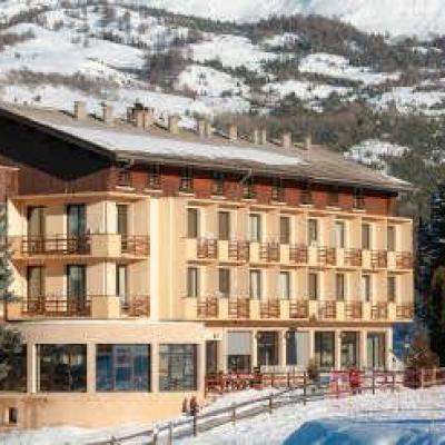 Les balcons du sauze la sauze sur barcelonnette routes touristiques des alpes de haute touristique guide du tourisme de la provence alpes cote d azur