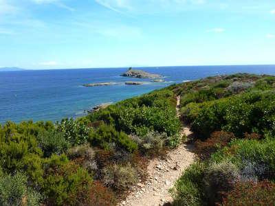 Les iles finocchiarola cap corse routes touristiques en haute corse guide du tourisme de la corse