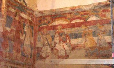 Les salles lavauguyon fresques medievales routes touristiques de la haute vienne guide du tourisme du limousin