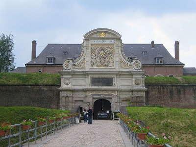 Lille porte royale de la citadelle routes touristiques du pas de calais guide touristique nord pas de calais
