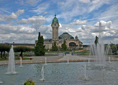 Limoges ville d art et d histoire la gare routes touristiques de la haute vienne guide du tourisme du limousin
