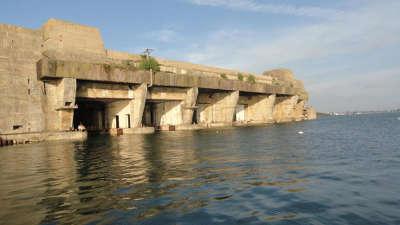 Lorient ville d art et d histoire base de keroman routes touristiques dans le morbihan guide du tourisme en bretagne