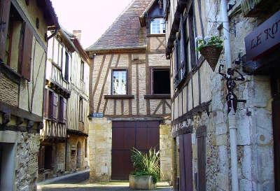 Maisons du vieux bergerac guide touristique de la dordogne