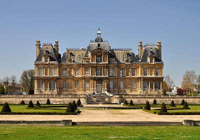 Maisons laffitte le chateau routes touristiques des yvelines guide du tourisme ile de france