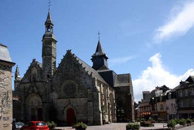Malestroit eglise saint gilles petite cite de caractere routes touristiques dans le morbihan guide du tourisme en bretagne