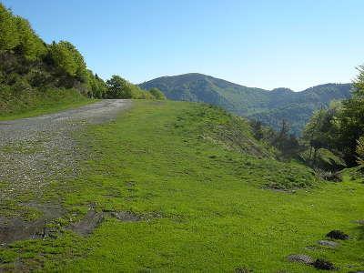 Melles col d artigascou routes touristiques de hautes garonnes guide du tourisme midi pyrenees