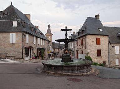 Meymac plus beau detours de france la fontaine aux lions routes touristique de la correze guide touristique du limousin