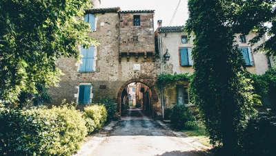 Monesties plus beau village les petites rues tranquilles de monesties routes touristiques du tarn guide du tourisme midi pyrenees
