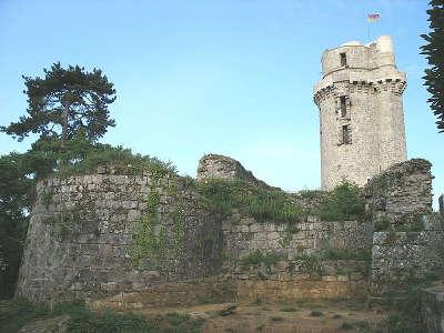 Montlhery le chateau routes touristiques de essonnes guide touristique de ile de france