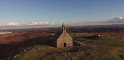Monts d arree chapelle st michel de braspart les routes touristiques dans le finistere guide du tourisme en bretagne