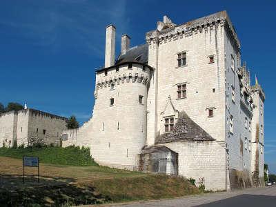 Montsoreau plus beau village chateau de montsoreau musee d art contemporain routes touristiques de maine et loire guide du tourisme du pays de la loire