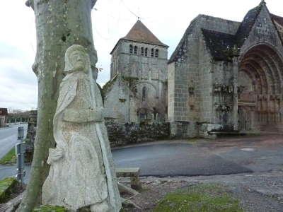 Moutier d ahun ancienne abbaye romane xiv xveme routes touristiques de la creuse guide du tourisme du limousin