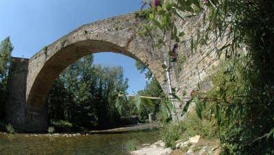 Nant pont de la prade routes touristiques de l aveyron guide du tourisme de la provence alpes cote d azur