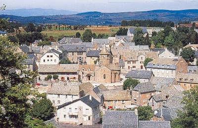 Nasbinals routes touristique de la lozere guide du tourisme du languedoc roussillon
