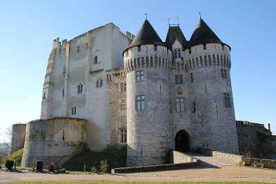 Nogent le rotrou plus beau detour le chateau routes touristiques dans l eure et loire guide du tourisme centre val de loire