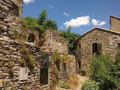 Olargues parc naturel regional du haut languedoc guide touristique de l herault