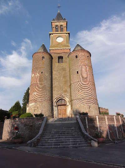 Origny en thierache l eglise fortifiee saint cyr et sainte julitte routes touristique de l aisne guide du tourisme de picardie