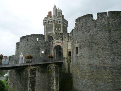 Oudonl le chateau routes touristiques de loire atlantique guide du tourisme du pays de la loire 1