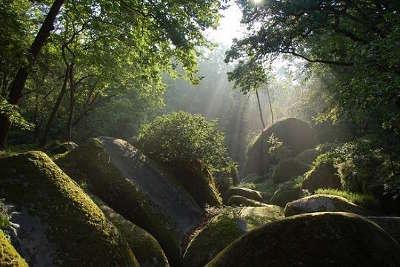 Parc naturel regional d armorique guide du tourisme dans le finistere bretagne