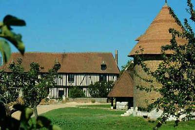 Parc naturel regional des boucles de la seine normande la maison du parc routes touristiques de seine maritime guide du tourisme de haute normandie