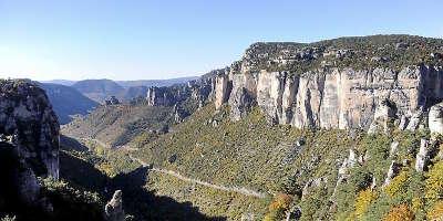 Parc naturel regional des grands causses guide touristique de l aveyron midi pyrenees