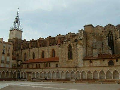Perpignan ville d art et d histoire cathedrale saint jean bade routes touristiques des pyrenees orientale guide du tourisme occidanie