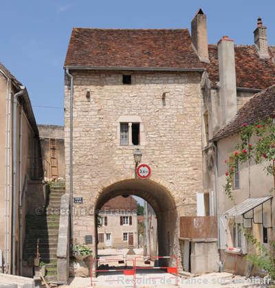 Pesmes plus beaux villages de france routes touristiques de hautes saone guide touristique franche comte
