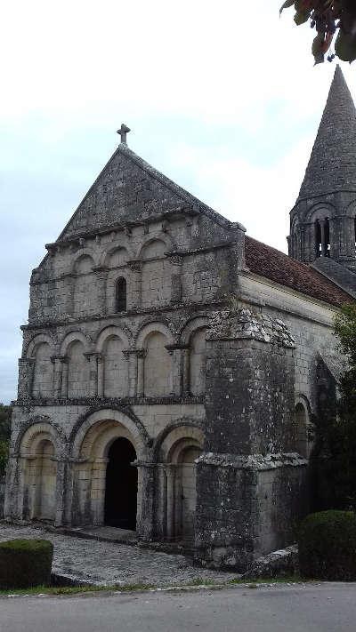 Plassac rouffiac eglise saint cybard routes touristique de charente guide du tourisme de poitou charentes