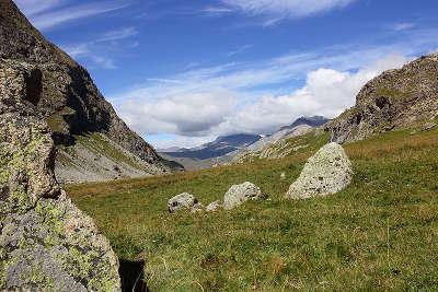 Plateau au dessus de villar d arene parc des ecrins guide du tourisme des hautes alpes