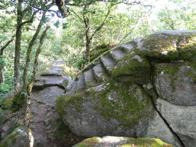 Pontarion pierre aux neufs gradins routes touristiques de la creuse guide du tourisme du limousin