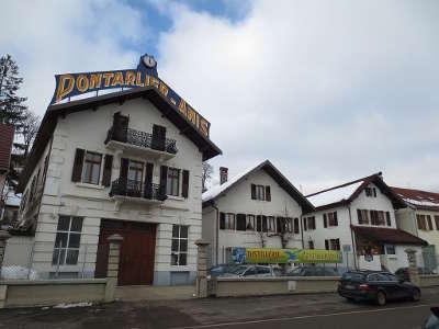 Pontarlier distillerie guy plus beaux detours routes touristiques du doubs guide touristique franche comte