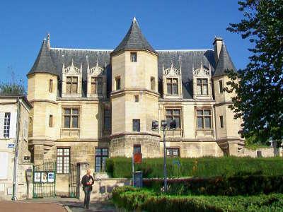 Pontoise musee tavet delacour routes touristiques du val d oise guide du tourisme d ile de france