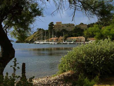 Port cros parc national guide du tourisme du var paca