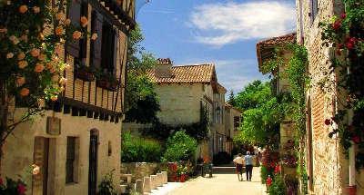 Pujols le haut plus beaux villages de france routes touristiques lot et garonne guide du tourisme nouvelle aquitaine 1